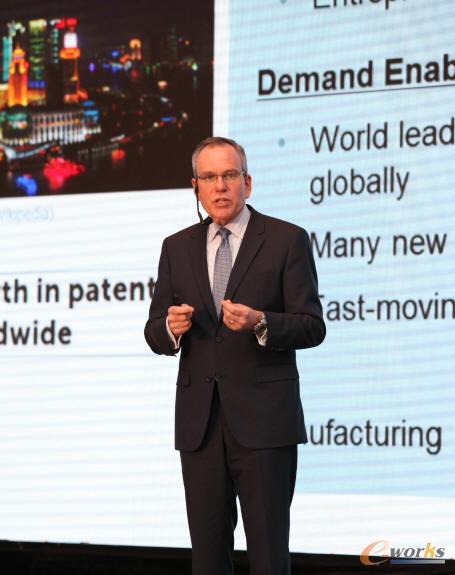 Siemens PLM Software全球总裁兼首席执行官Chuck Grindstaff