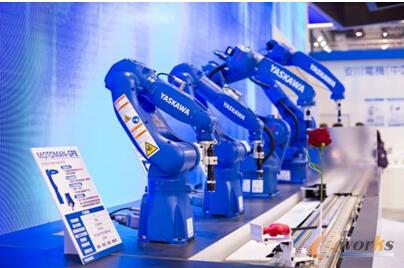 世界级小型机器人—MotoMINI