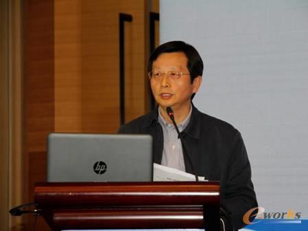 图2 江苏省经济和信息化委员会党组成员、副主任胡学同