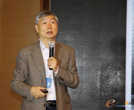 图3 中国机械工程学会理事长、中国工程院院士李培根