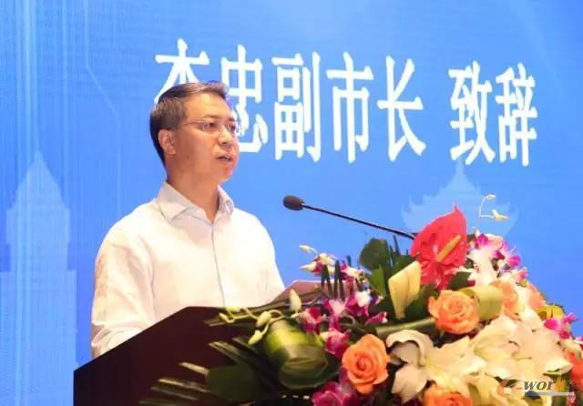 武汉市副市长李忠