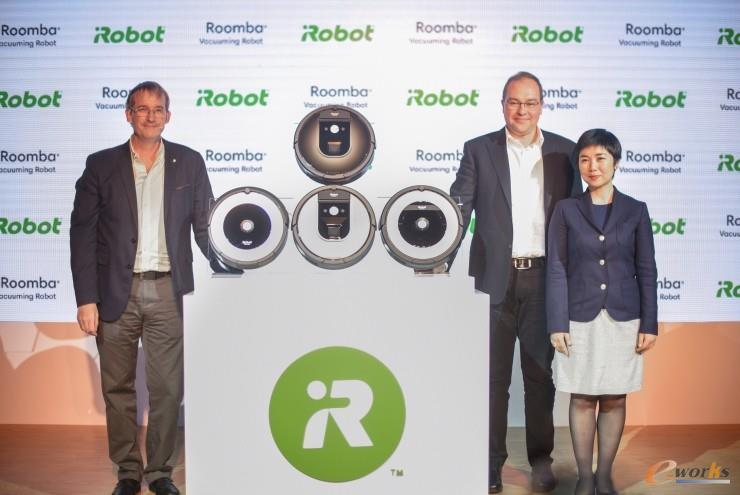 左起,iRobot CEO,Colin Angle;iRobot COO,Christian Cerda;iRobot中国区总经理,Kelly Zhang