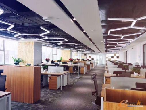 办公室 508_382