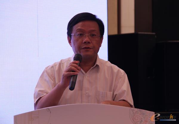 无锡市人民政府副秘书长周浩明