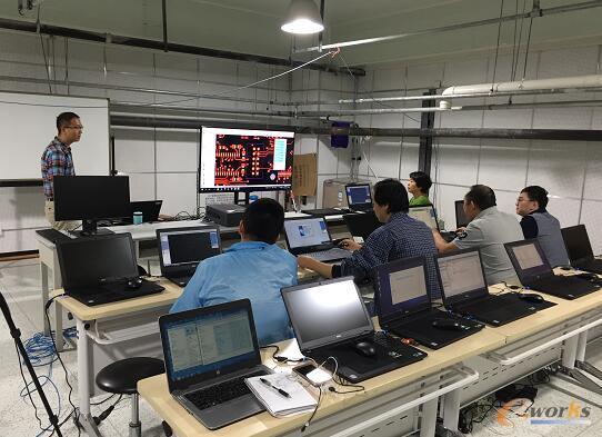 清华望友携手共建DFM软件课程,夯实SMT装配实验室