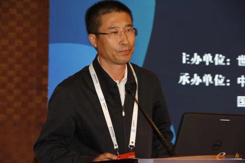 中国科协智能制造学会联合体主席团副主席,中国光学工程学会理事长,中国工程院院士、东南大学校长张广军