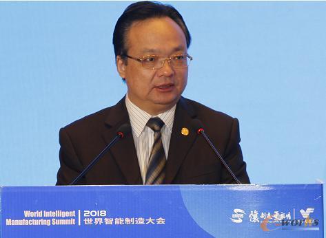 江苏省经济和信息化委员会党组成员、副主任高清