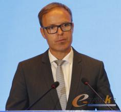 菲尼克斯电气集团基础设施与工厂自动化行业管理副总裁Mr.Joerg Nolte