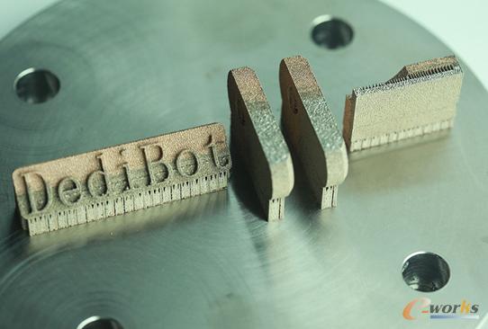 材料混构3D打印(MMSLM)设备打印的金属器件