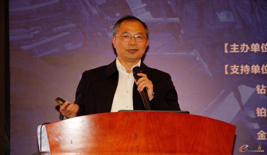 北京航空航天大学机械工程及自动化学院教授、博导刘强