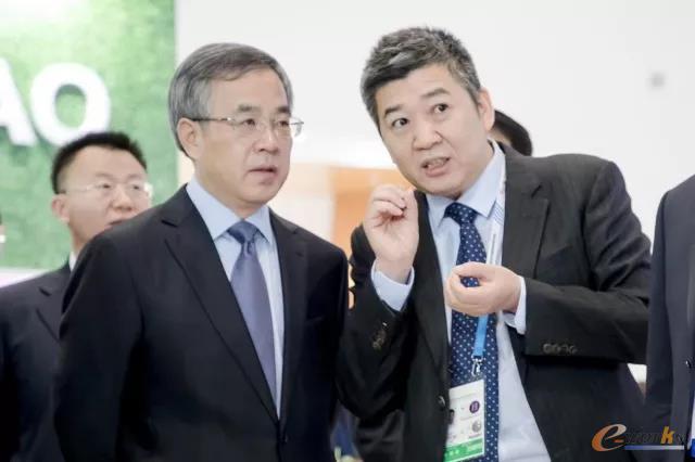 胡春华副总理高度评价了朗坤自主创新科技成果