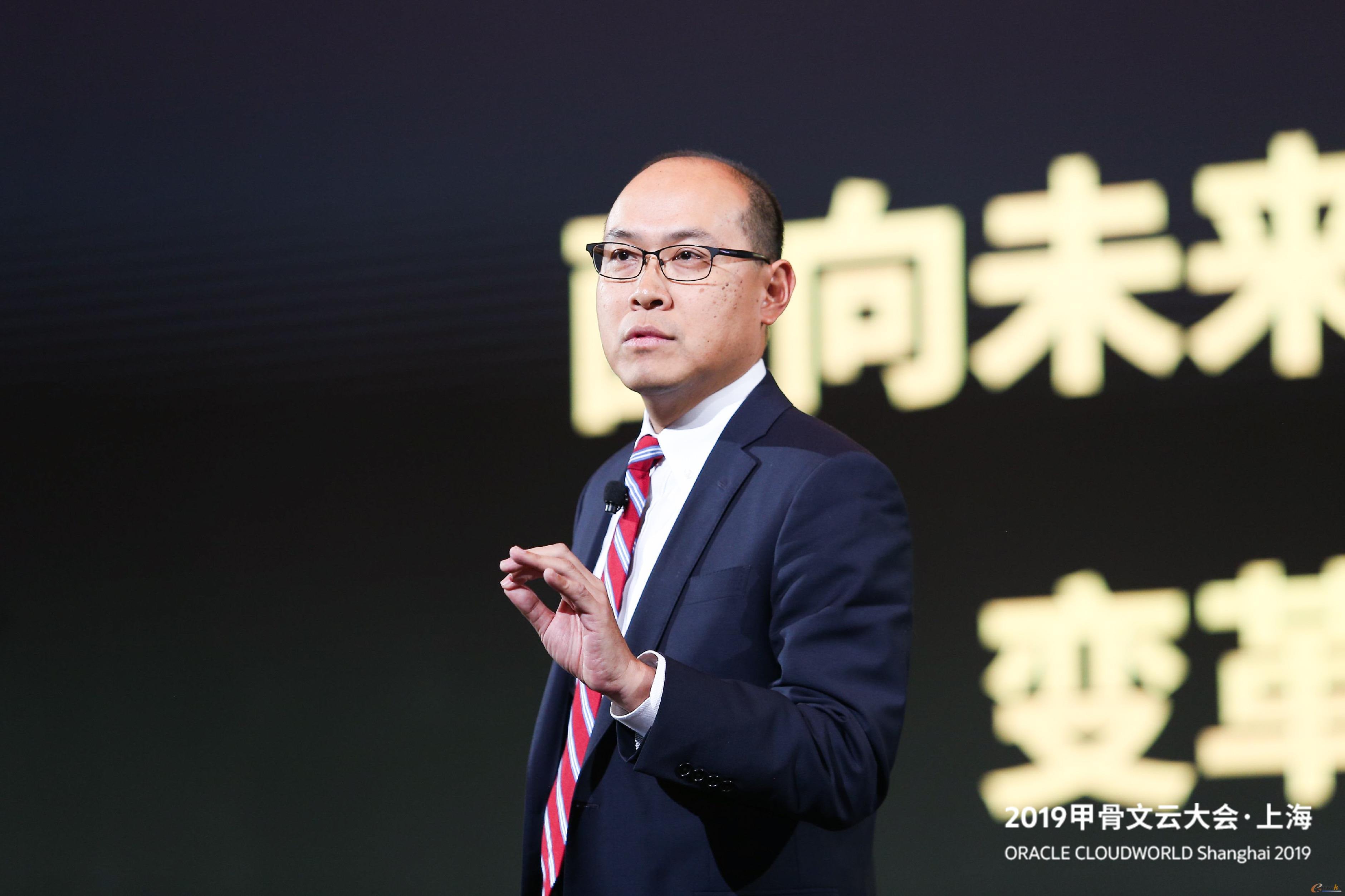 甲骨文公司副总裁及中国区应用软件总经理唐聆风