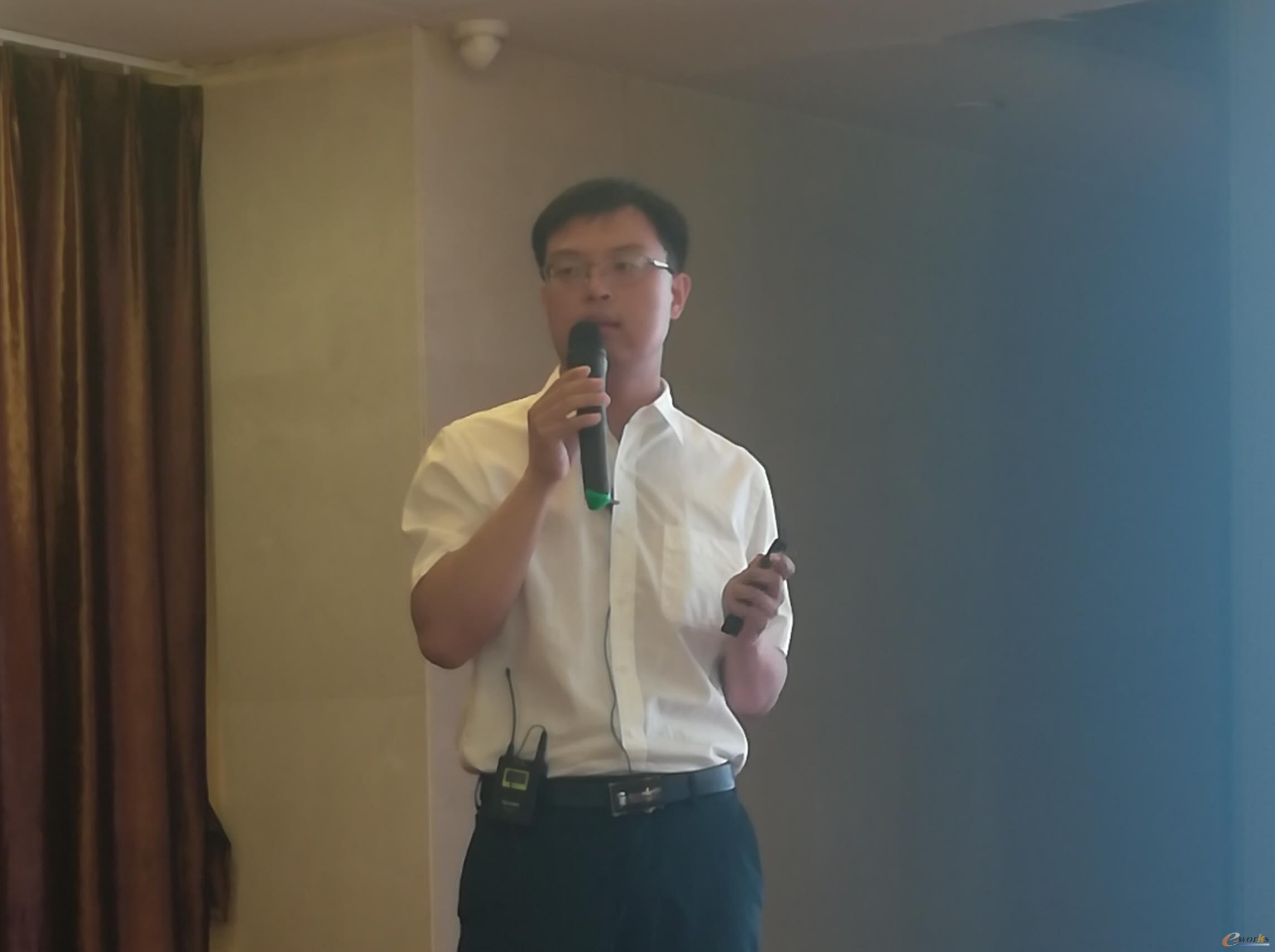 国家智能铸造产业创新中心副总经理,智能制造研究院院长刘轶
