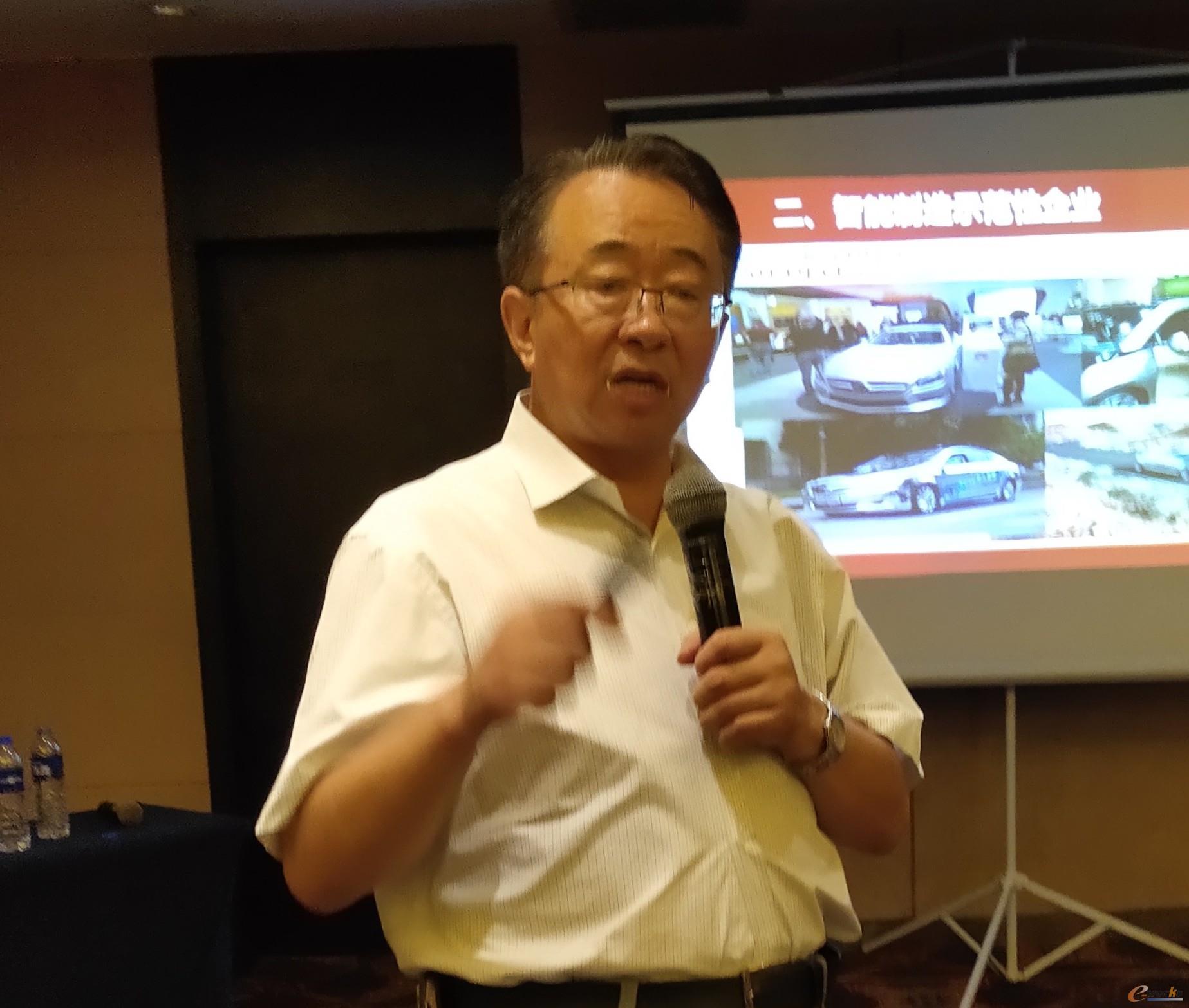 苏州大学应用技术学院工学院院长 尤凤祥