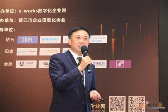中国电子科技集团公司第十四研究所首席专家胡长明