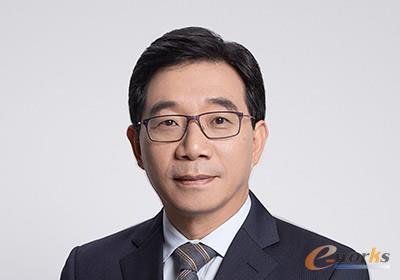 李越伦 三维通信股份有限公司 董事长