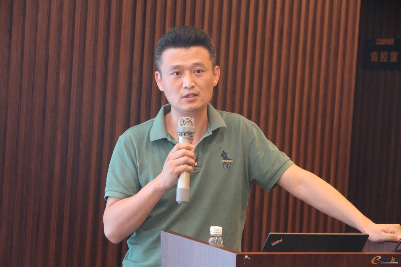 上海电气电站设备有限公司发电机厂信息处长张臻佳
