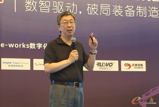 安徽叉车集团有限责任公司党委委员、总经济师、CIO、董秘张孟青