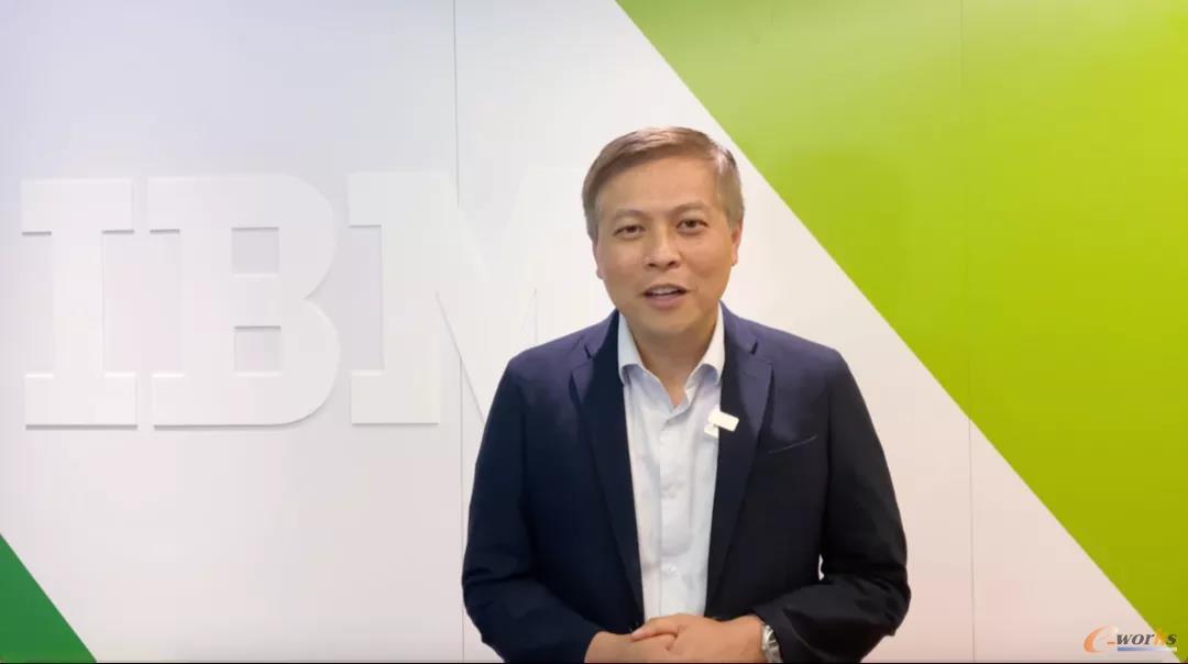 IBM企业咨询服务部大中华区副总裁,资深合伙人,混合云服务总经理 周立钊