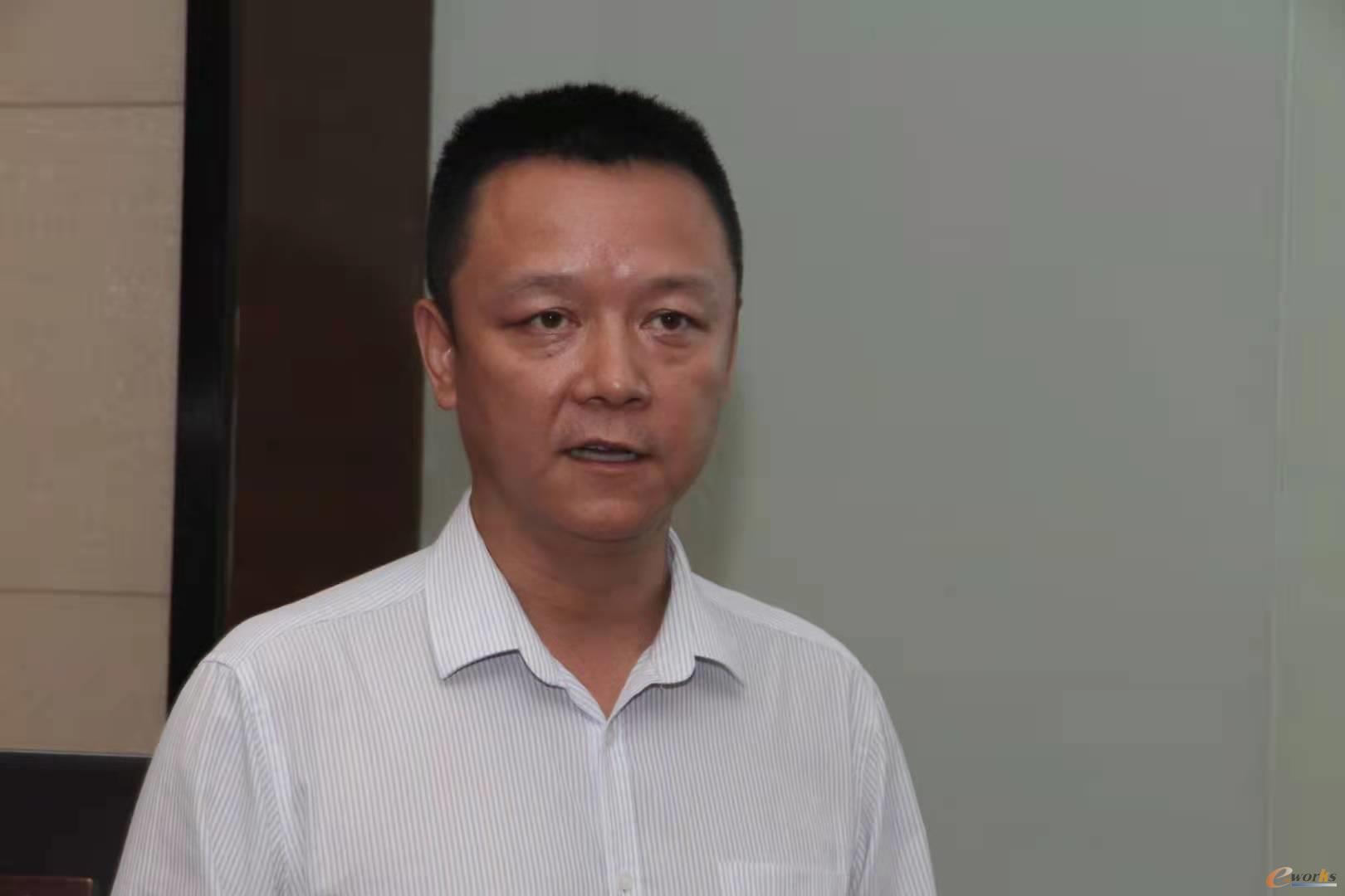 图5 华磊迅拓创始人、总经理、产品总架构师黄睿