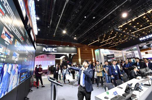 北京InfoComm2018开幕,新技术百花齐放