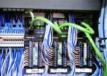 将智能引入设备: PLC带来的有序运输