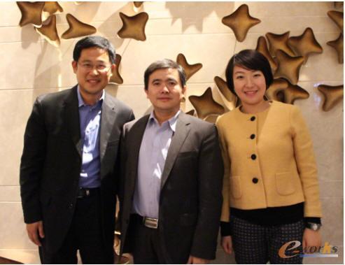 Micro Focus中国区总经理孟捷、黄培博士、Micro Focus中国区市场经理Michelle合影