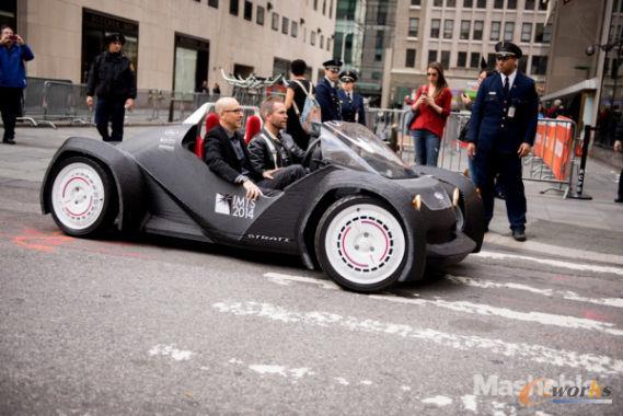 全球首辆3D打印汽车