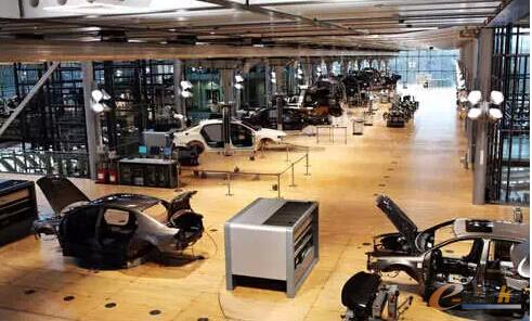 图/大众汽车透明工厂内景