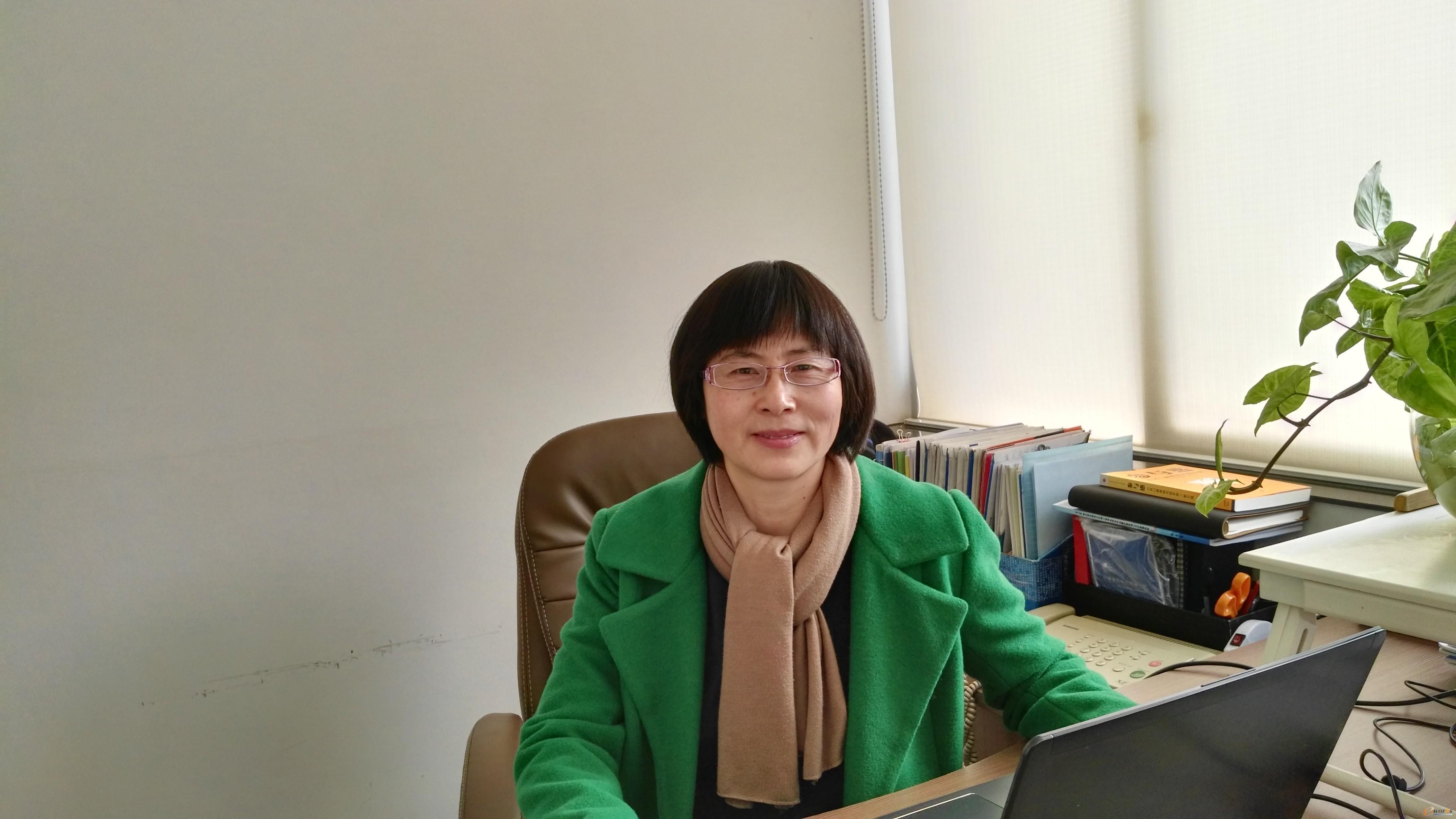 云南省机械研究设计院 信息技术所所长 王翠芝