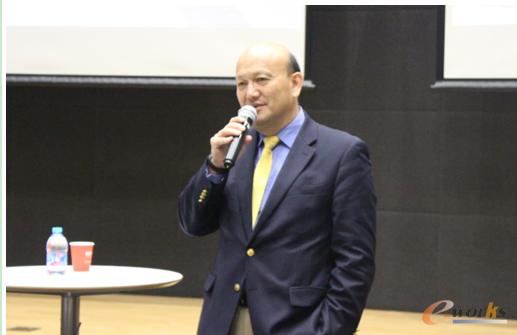Siemens PLM Software全球高级副总裁兼大中华区董事总经梁乃明