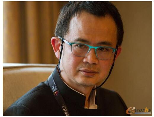 戴尔全球副总裁李国庆先生