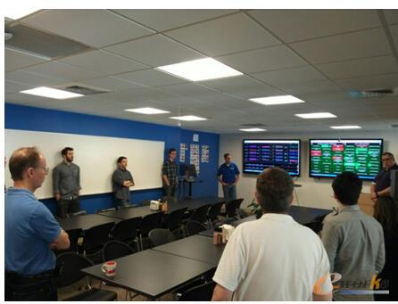 Onshape公司软件开发团队正在举行会议