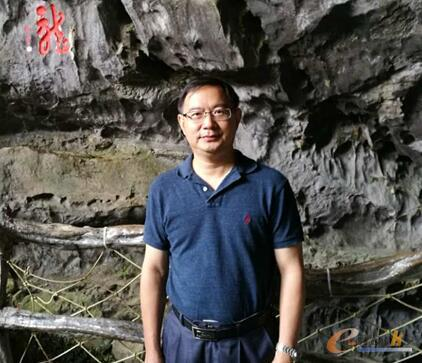 图1 惠州亿纬锂能副总裁袁中直博士
