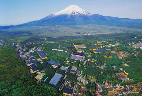 位于富士山脚下的FANUC总部