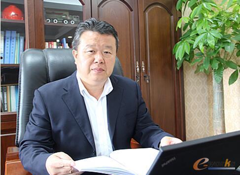 南昌矿山机械有限公司 总经理 龚友良
