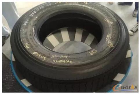 泰国公司第一条下线轮胎产品