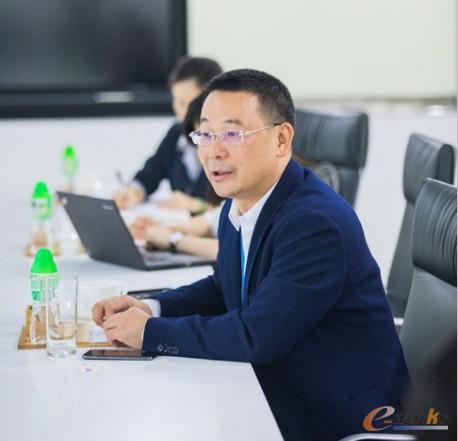 美的集团副总裁、CIO兼IT总监张小懿先生