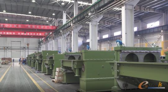 浆纱机产品研发中心