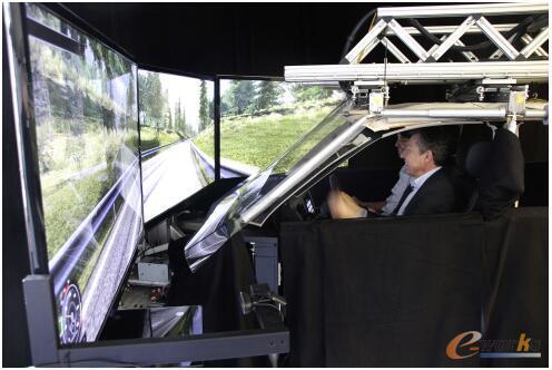 基于物理台架的虚拟人机工程仿真系统