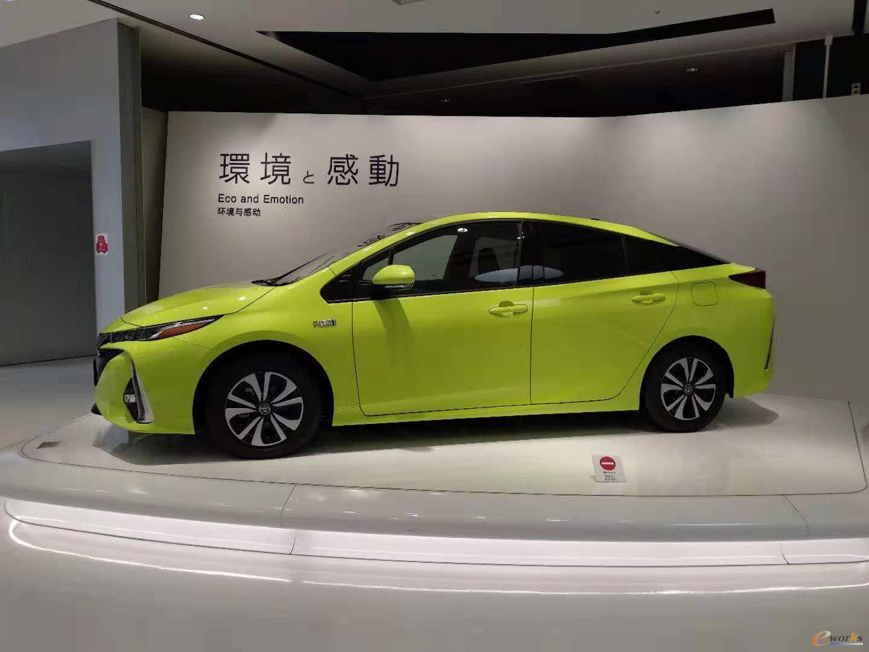 丰田汽车会馆各种车型展示