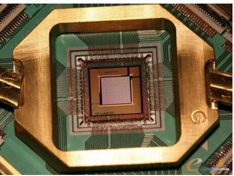 D-Wave Systems公司制造的用于机器学习应用的处理器