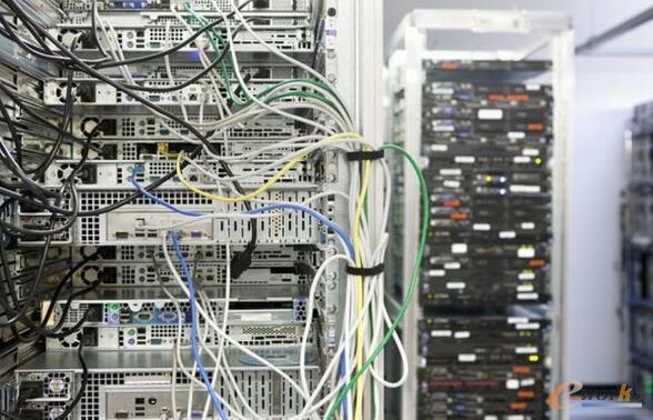 回顾服务器企业群雄逐鹿的2017年