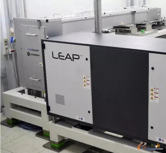 配备LEAP准分子激光器和光束光学元件的UVblade LLO系统