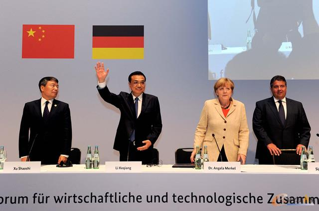 国务院总理李克强和德国总理默克尔联合发表了《中德合作行动纲领》