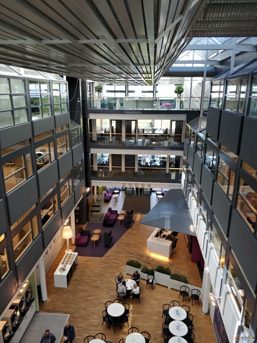 IFS瑞典总部优美的办公环境
