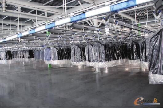 成衣挂装存储