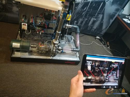 图1 利用AR技术打造的新型人机界面(HMI)