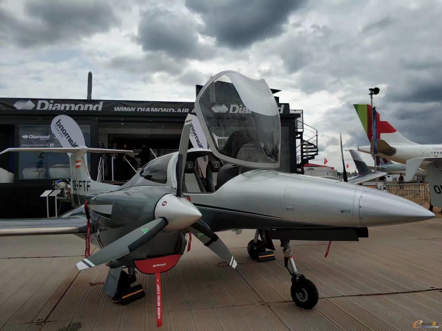 航空展静态展示区的部分机型