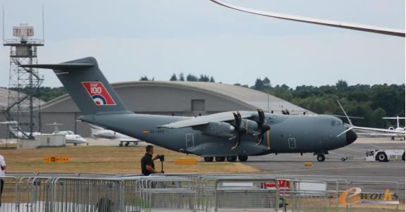 准备起飞的空客A-400M